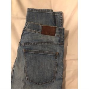 Madewell jeans size 28